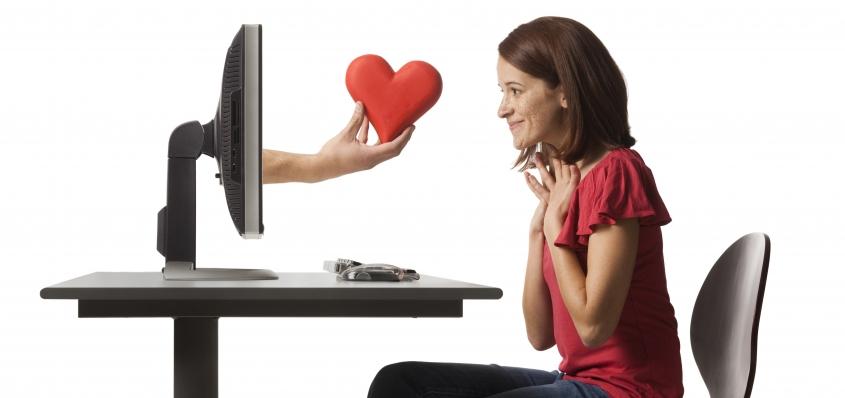 Amor en tiempos virtuales
